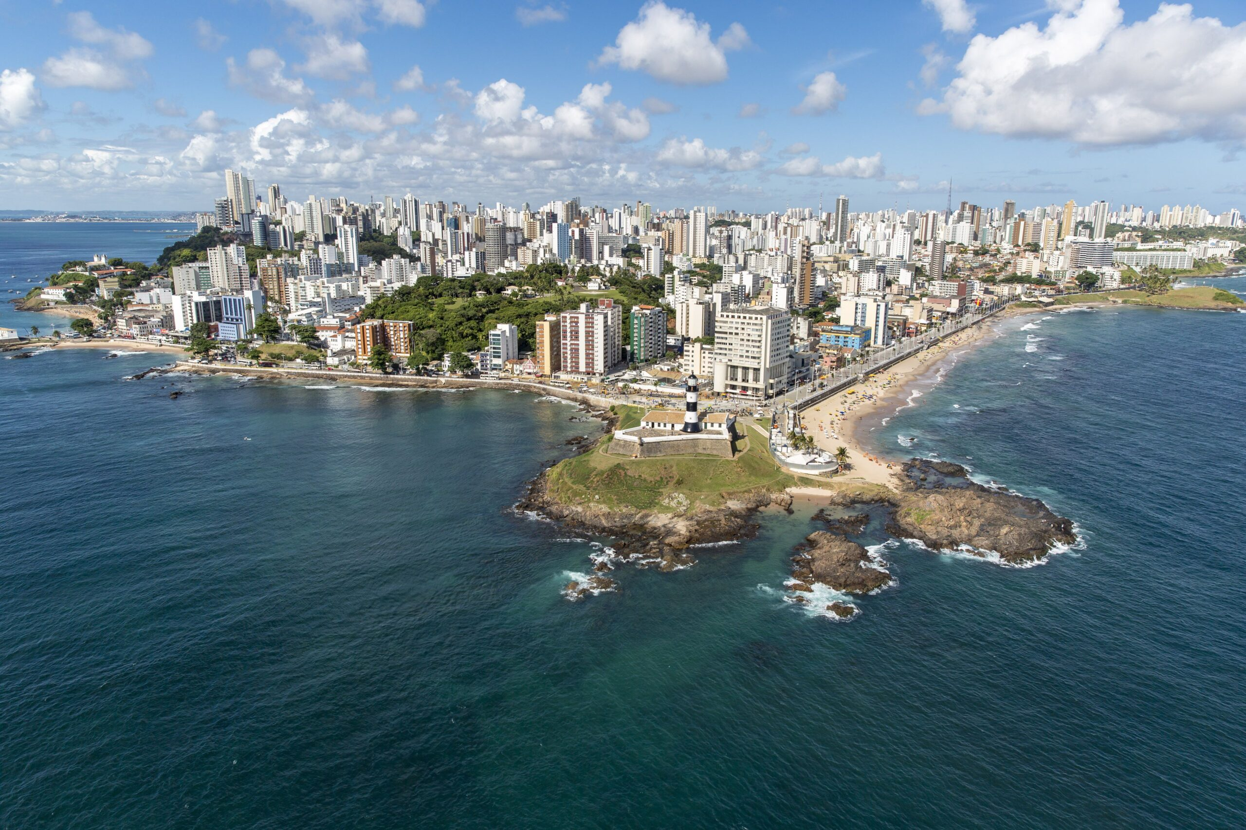 Salvador-BA: Terra do axé, acarajé e lugares lindos